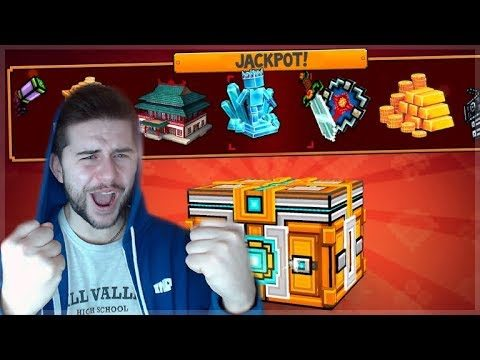 OMG! WE UNLOCKED SO MANY THINGS! HUGE JACKPOT CHINESE SUPER CHEST!! | Pixel Gun 3D
